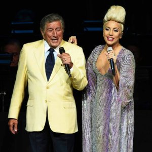 lady-gaga-tony-bennett-new-jersey-atlantic-city-july-2015-billboard-650x650